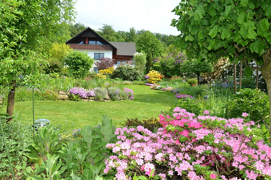 Gartenanlage - Gartenpflege Franco Rezzoli